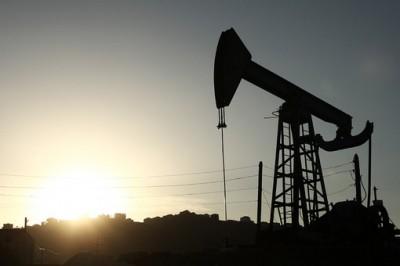 Yanvar-avqustda Urals neftinin orta qiyməti 1,9 dəfə azalıb