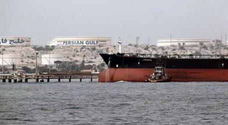 Иранские танкеры с топливом для Ливана заходят в Суэцкий канал