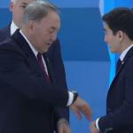 Назарбаев уже носит казахстанские часы, произведенные молодым предпринимателем