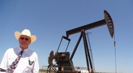Запасы нефти в США за неделю увеличились до исторического рекорда