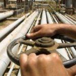 В 2015 году Азербайджан планирует снизить нефтяной экспорт