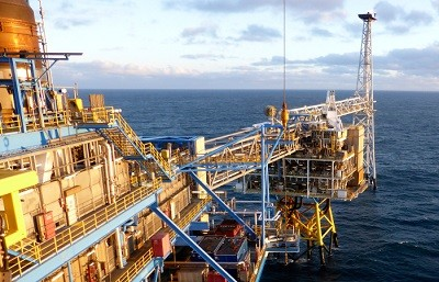 Barents dənizinin Norveç sektorunda ilk platforma istismara verilib
