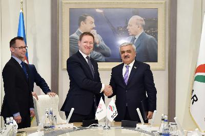 """SOCAR və """"Statoil"""" şirkətləri müqavilələr imzaladılar"""