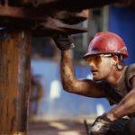 Эксперты Bloomberg предсказали нефть по $50 за баррель в 2015 году