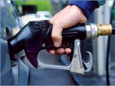 Iran to import 10 mln liters of gasoline per day