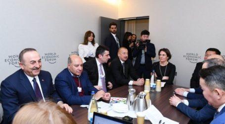 Ильхам Алиев на заседании в Давосе
