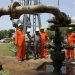 Oil Prices Fall as Greenback Bulks Up