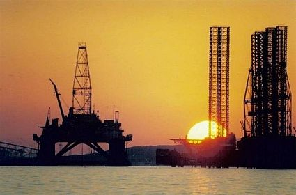 Oil production falls in Azerbaijan so much for first time since 2012