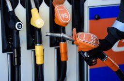 Rusiyada oktan ədədi 100 olan benzin satışda