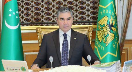 Бердымухамедов отмечает о снижении экономических показателей страны