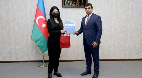 """""""Azəriqaz"""" əməkdaşları """"Neftçilər günü""""ndə mükafatlandırılıb"""