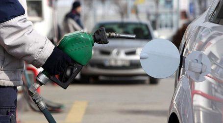 Azərbaycanda avtomobil benzininin istehsalı 2 %-dən çox artıb