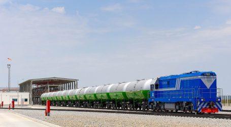 Узбекистан закупил в Туркменистане 5,6 млн тонн бензина
