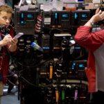 Цена нефти марки Brent опустилась ниже $83 за баррель