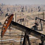 Saudi Arabian discounts caused oil price reduction