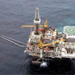 BP-Azerbaijan летом остановит добычу на самой старой платформе на Каспии