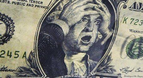 Эксперты назвали четыре фактора, угрожающие доллару