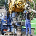 Schlumberger to buy share of biggest drilling company in Russia