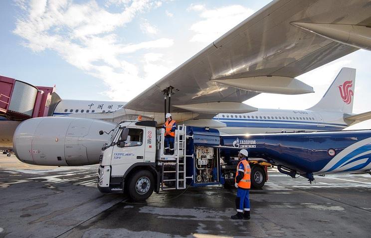 «Газпром нефть» в 2017 году увеличила продажи авиатоплива в Шереметьеве на 10%
