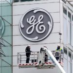 """""""General Electric"""" neft sektorundan çıxır"""