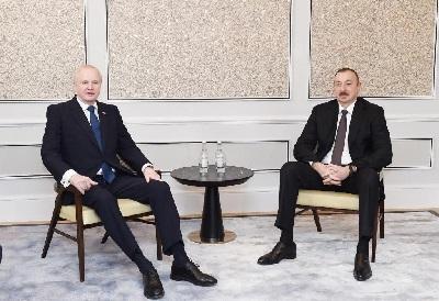 Ильхам Алиев встретился с директором ВР