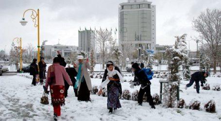 Зима не сдает своих позиций в Туркменистане