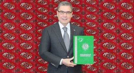 Денег нет… и Туркменистан меняет Конституцию