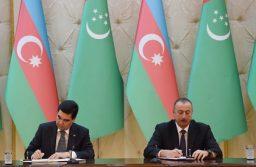 Гурбангулы Бердымухамедов и Ильхам Алиев подписали пакет документов