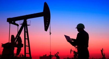 Цены на нефть коррекционно растут после падения накануне