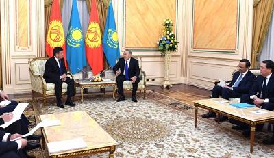 Казахстан и Кыргызстан увеличат товарооборот до $1 млрд