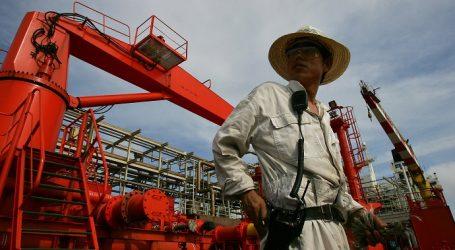 China raises oil quota 20 percent to leverage low oil prices