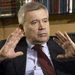 Алекперов предупредил об остановке многих проектов при нефти ниже $24
