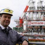 Россия сохранила второе место по добыче нефти в мире