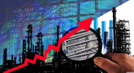 Нефть дорожает в ожидании данных о запасах в США