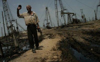 С января в Азербайджане объемы добычи нефти снизились на 60 тыс бар/сут.