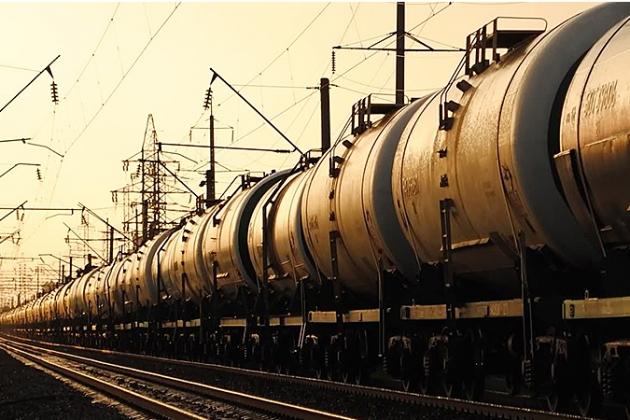 Новак: Поставки нефтепродуктов из РФ в Белоруссию экономически нецелесообразны