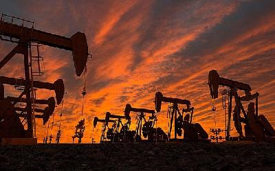 Martda OPEC gündəlik neft hasilatını 200 min barel azaldıb