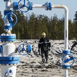 Россия отказалась сокращать добычу нефти — SOS
