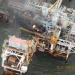 В Мексиканском заливе горит платформа Pemeх