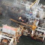 На морской платформе месторождения «Гюнешли» произошло возгорание