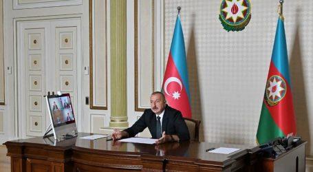 Azerbaijani President Claims Advantages of Liberal Economy