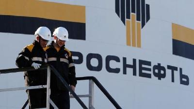 «Роснефть» в июне на 11% увеличила поставки автобензинов на внутренний рынок РФ