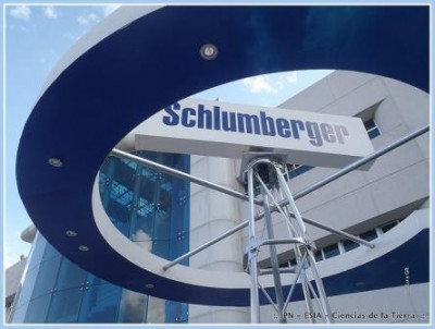 Schlumberger Said to Pull Expat Managers From Russia