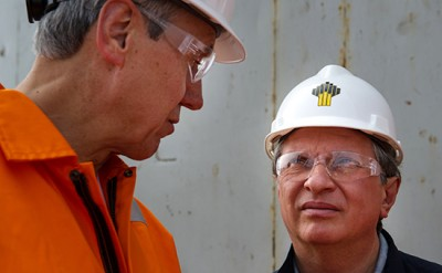 "ITAR-TASS: SAKHALIN REGION, RUSSIA. Neil Duffin, Exxon Mobil Development Company, President, and Igor Sechin, Rosneft oil company, President, Chairman of the Management Board (L-R), visiting offshore drilling platform Orlan, using to develop oil and gas Chayvo shelf field, part of Sakhalin-1 project operated by ExxonMobil and Rosneft. (Photo ITAR-TASS)  Россия. Президент ExxonMobil Development Нил Даффин и председатель правления ОАО ""НК ""Роснефть"" Игорь Сечин (слева направо) во время посещения морской буровой платформы ""Орлан"" в Охотском море. Фото ИТАР-ТАСС/ пресс-служба ""НК ""Роснефть"""
