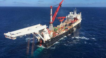 Способное достроить «Северный поток–2» судно подошло к месту укладки
