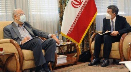 Иран и Китай ведут переговоры о расширении нефтяного сотрудничества