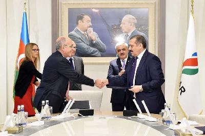 Baku Oil Refinery and Tecnicas Reunidas sign contract