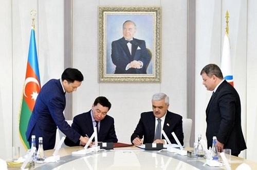 """SOCAR və """"KazMunayQaz"""" arasında memorandum imzalanıb"""