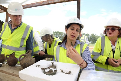 Albanian Minister of Culture visits TAP archaeological sites