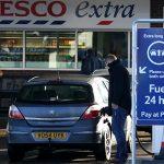 Böyük Britaniyada benzinin qiyməti beş illik minumuma enib